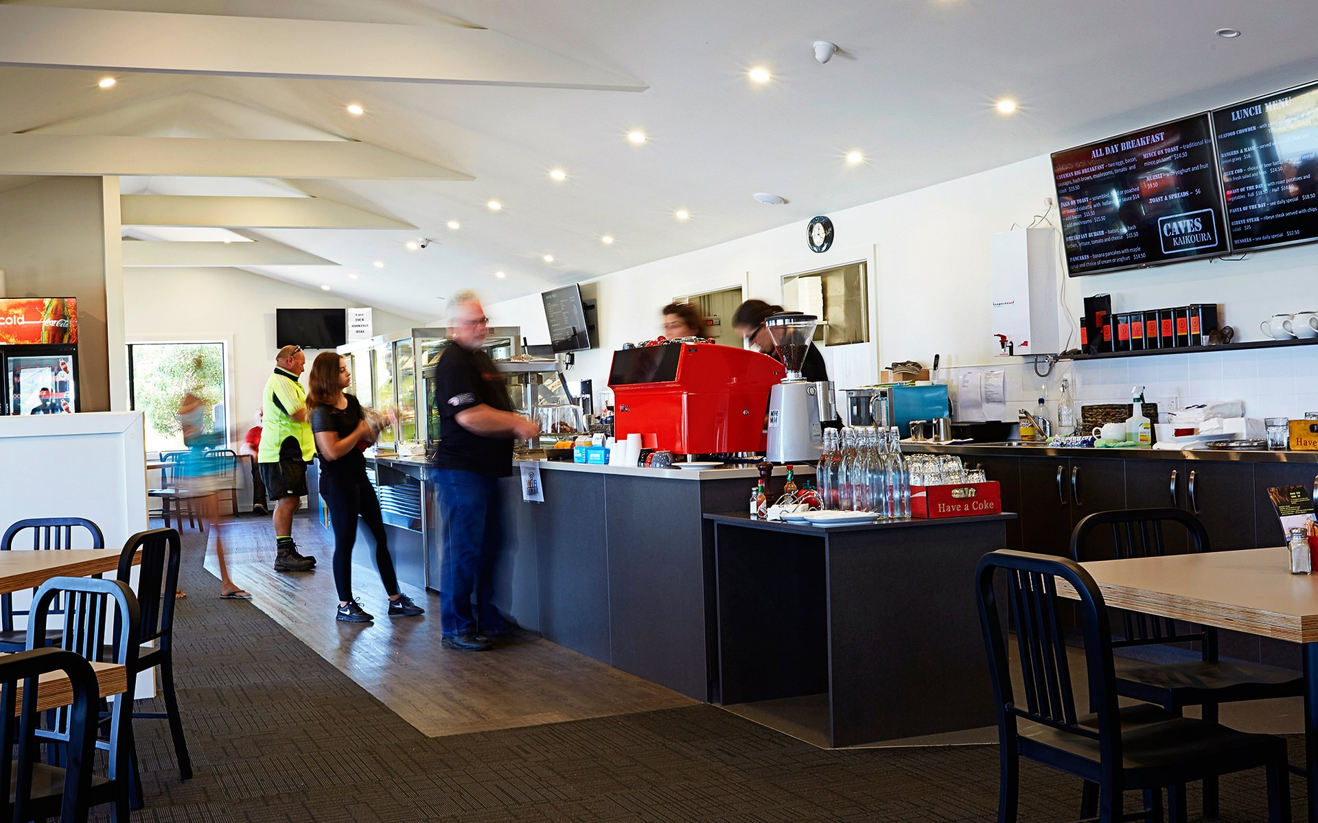 caves-kaikoura-cafe-01